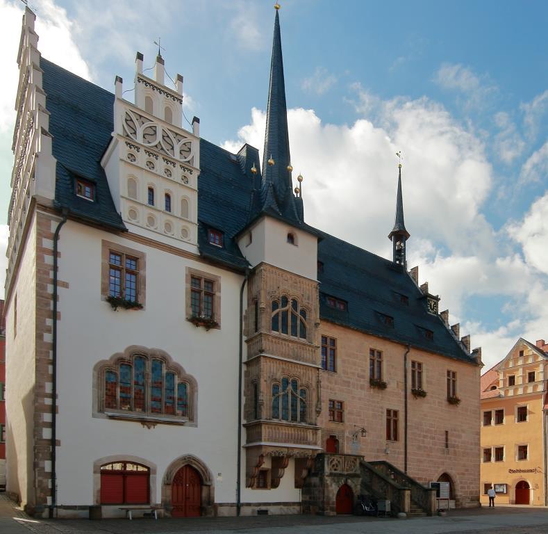 spätgotisches Rathaus